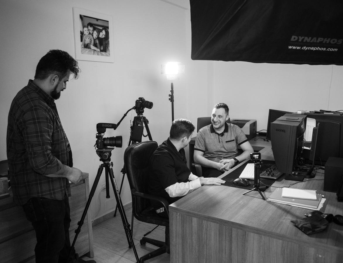 În studio, la Cătălin Cîmpan (fotoreportaj)