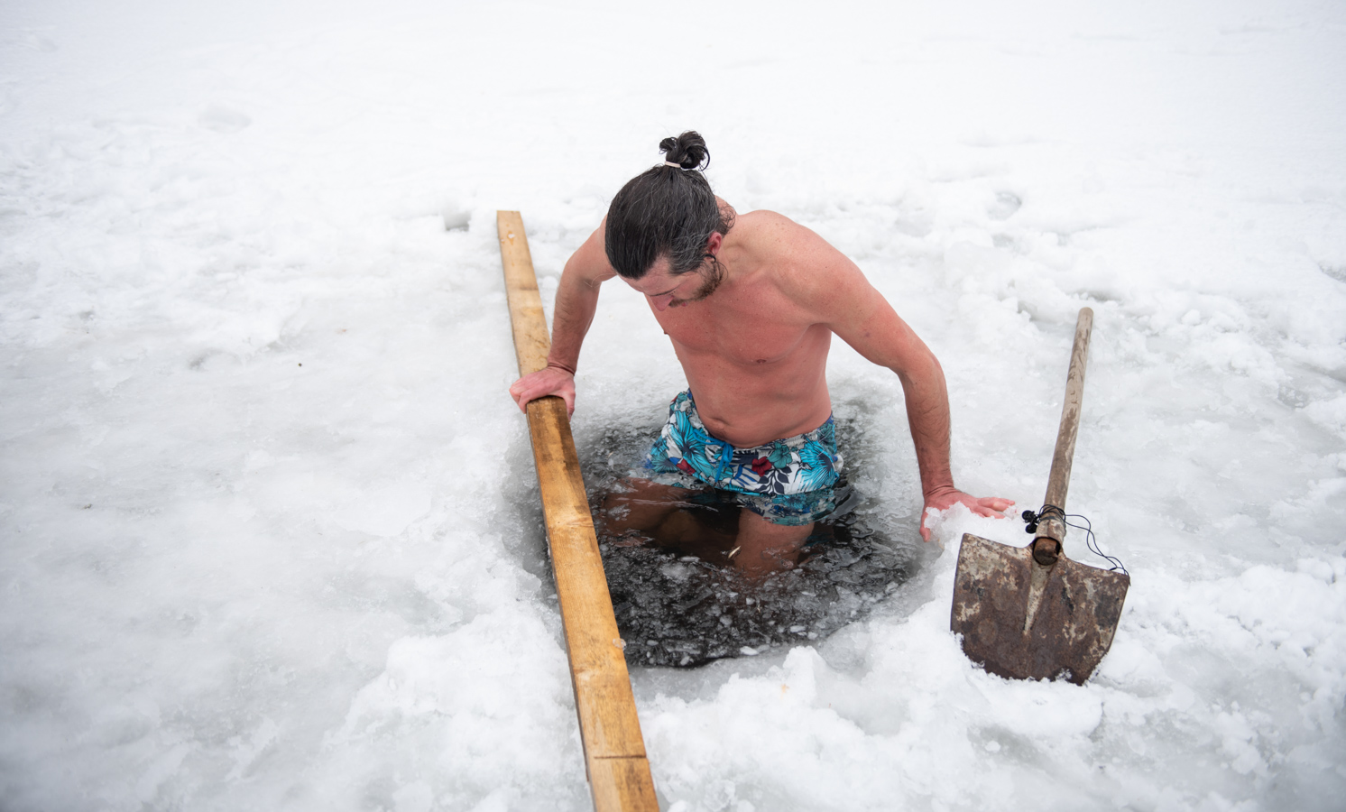 Sergiu Oloeriu, omul de zăpadă (fotoreportaj)