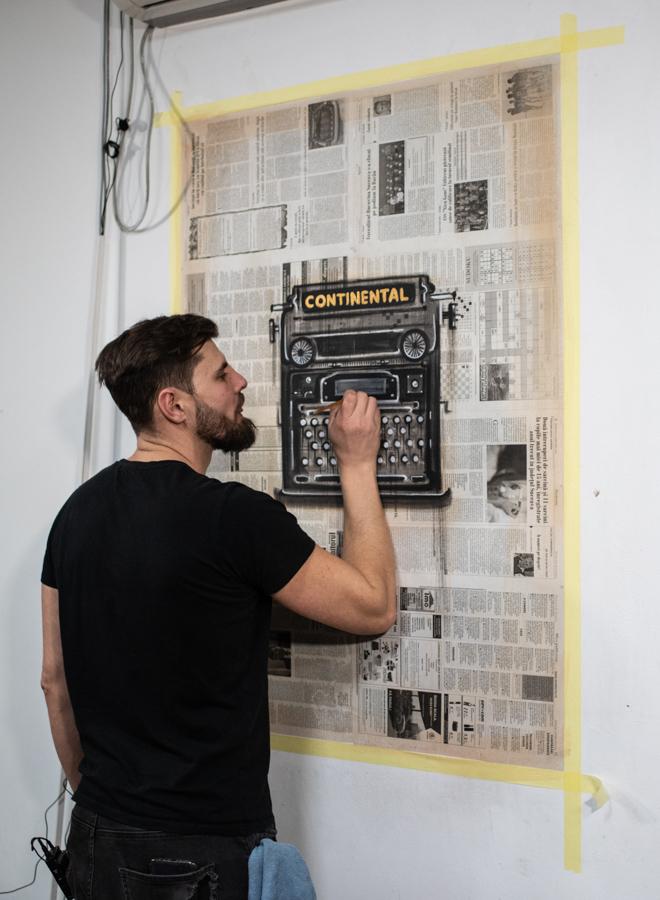 Lucian Mînecan, pictorul UAU (fotoreportaj)
